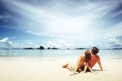 """Фотошпалери """"Пара на пляжі"""" (#110036)"""