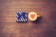 """Фотошпалери """"Кава і подарунок"""" (#60082)"""